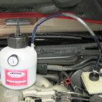 Odpowietrzanie hamulców w samochodzie Polski Fiat125P